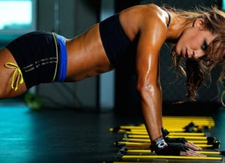 Girl_during_intense_workouts_054561_1