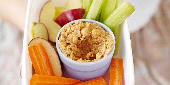 10-healthy-snacks-peanut-houmous