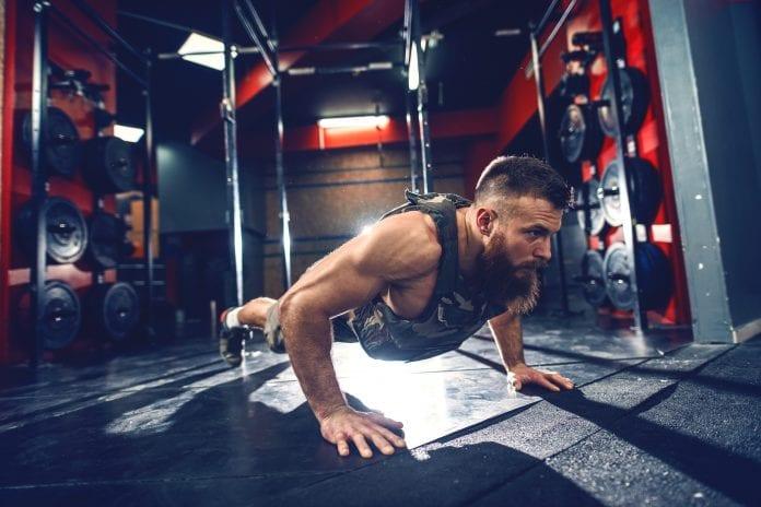 push-ups triceps trening